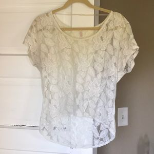 Lace floral tee